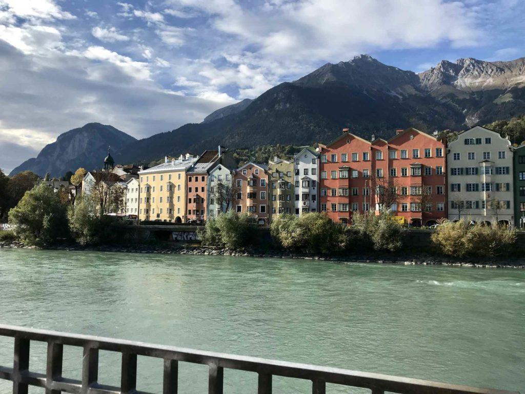 Innenstadt Innsbruck und der Inn