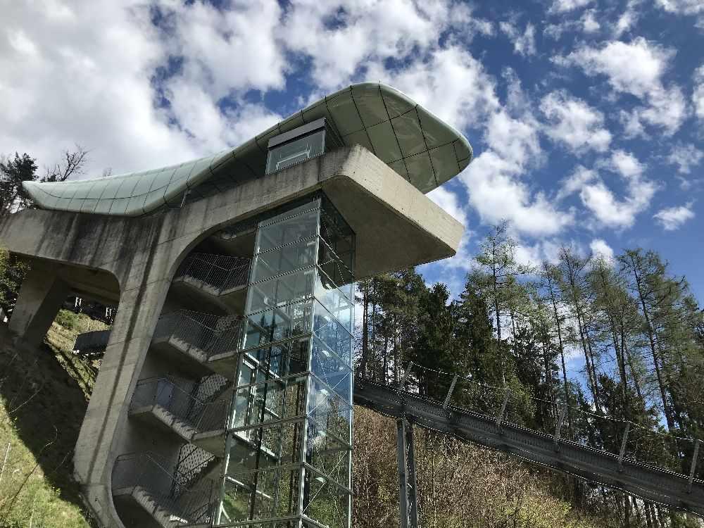 Hungerburgbahn Alpenzoo - das ist die aufwändige Konstruktion der Station beim Alpenzoo