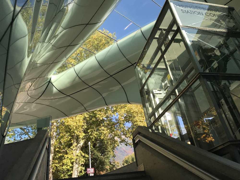 Nordkettenbahn - die moderne Station der Hungerburgbahn, Congress Innsbruck