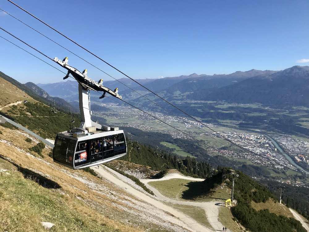Nordkettenbahn Innsbruck - mit dieser Gondel kommst du zur Seegrube