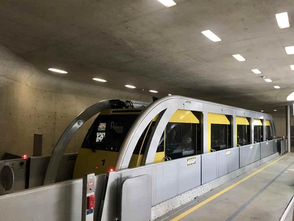 Sehenswürdigkeiten Innsbruck: Die U-Bahn Innsbruck - vom Congress zum Löwenhaus