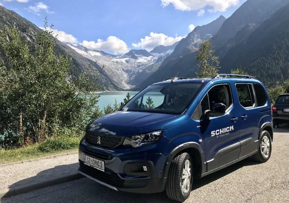 Autohaus Innsbruck: Aus dem Peugeot Autohaus Schick nahe Innsbruck