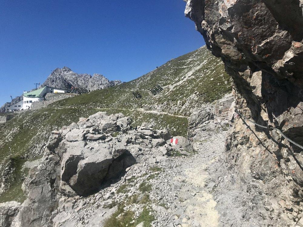 Am Goetheweg Innsbruck wandern - von der Bergstation hinein ins wilde Karwendel
