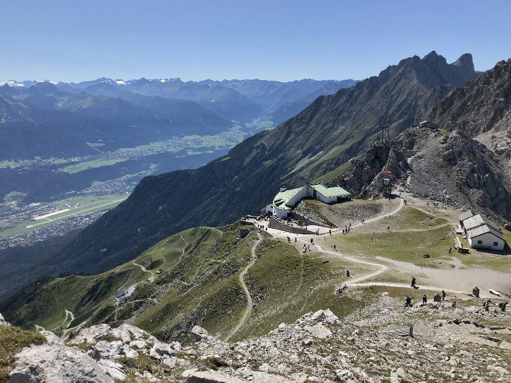 Hafelekar Bergstation - ab hier geht die Wanderung los