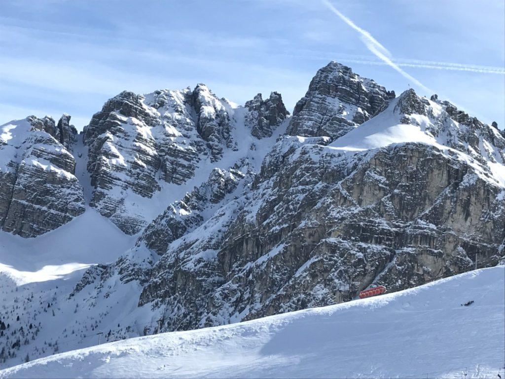 Skigebiete Innsbruck - die Kalkögel beim Skifahren in der Axamer Lizum