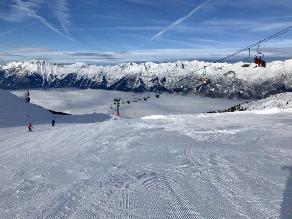Skigebiete Innsbruck - am Glungezer mit Blick auf das Karwendel