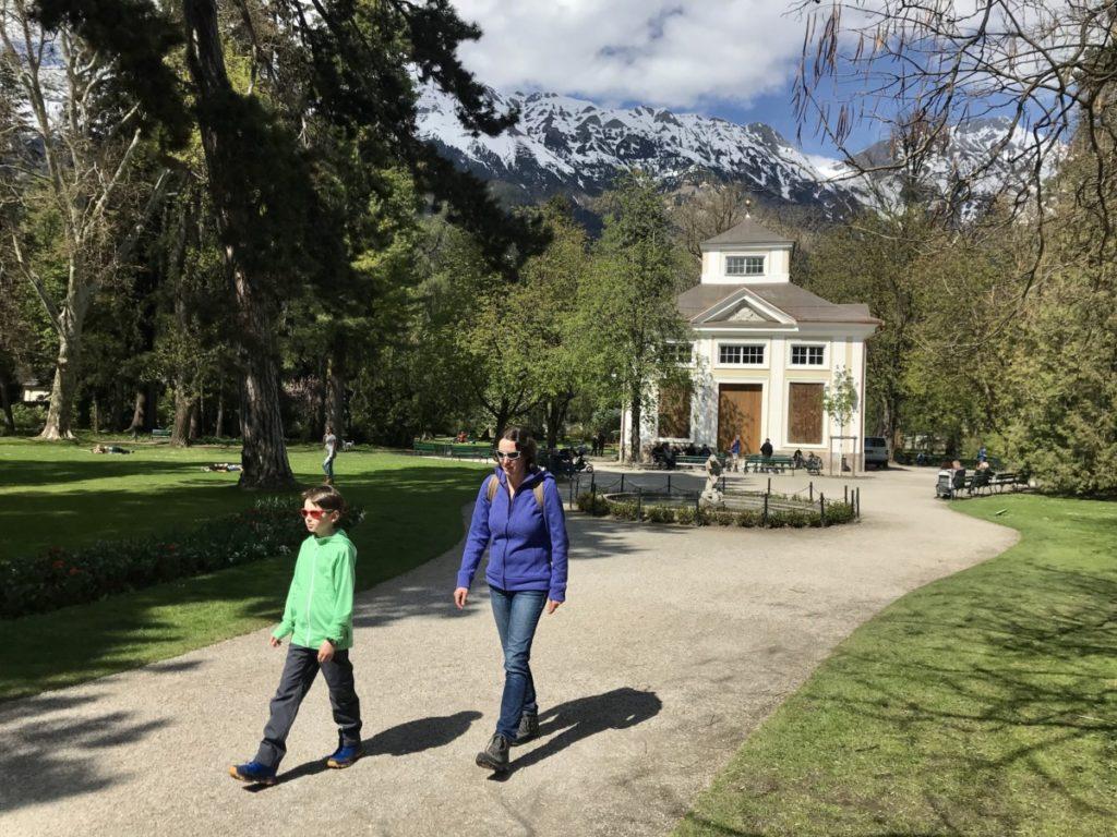Leicht in Innsbruck wandern - einige Spaziergänge sind kilometerweit und das ganze Jahr möglich